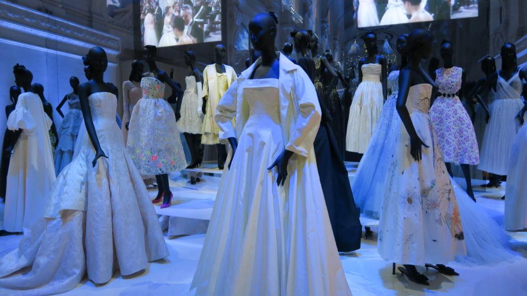 Bal des princesses, salle féerique de l'exposition Dior au musée des Arts Décoratifs