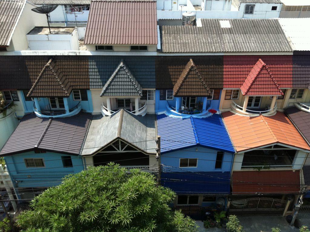 vue sur les toits de town in town, lap prado 94, à bangkok