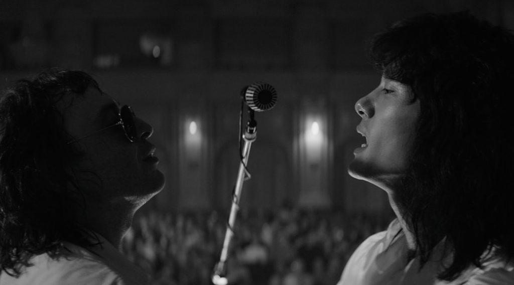 leto - l'été, film en noir et blanc du réalisateur russe Kirill Serebrennikov. L'histoire se situe à Leningrad dans les années 80, au sein d'un groupe de rock'n roll. Avec Irina Starchenbaum, Teo Yoo, Roma Zver, Alexandre Gortchiline. Présenté en compétition au Festival de Cannes. Prix Nika.