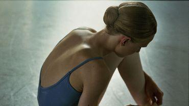 Girl de Lukas Dhont. Histoire d'un adolescent transgenre qui veut devenir danseur étoile, interprété par Victor Polster. Prix d'interprétation à la Sélection Un Certain Regard au Festival de Cannes. Caméra d'or.